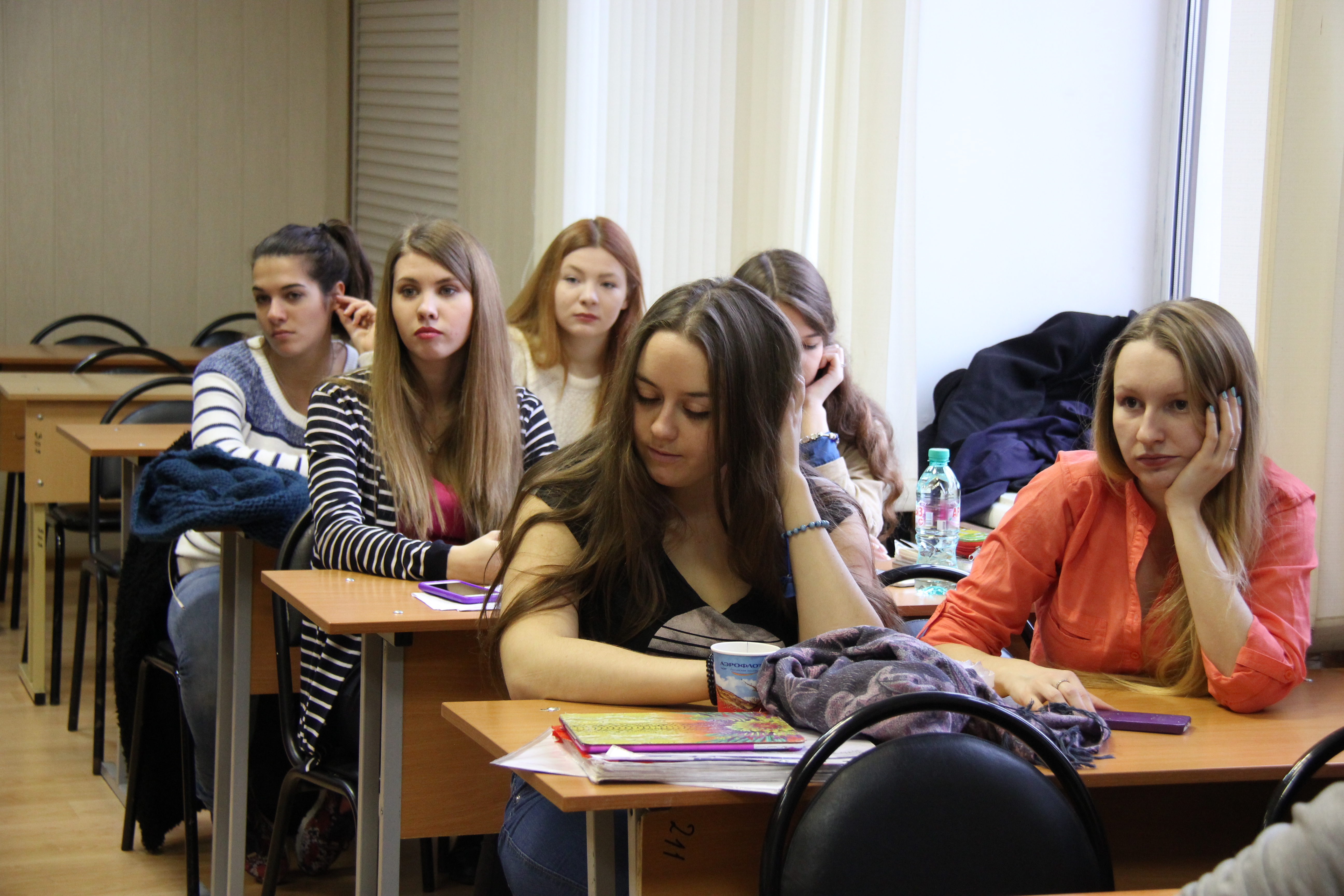 Студенты впервые сосет 17 фотография